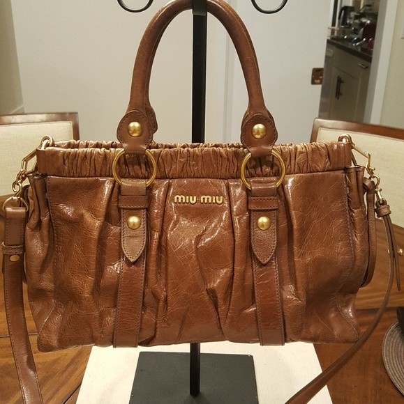 df2912c090ce Authentic Miu Miu 2Way Shoulder Hand Bag. M 5ab1c6e7b7f72ba6dfce2abc